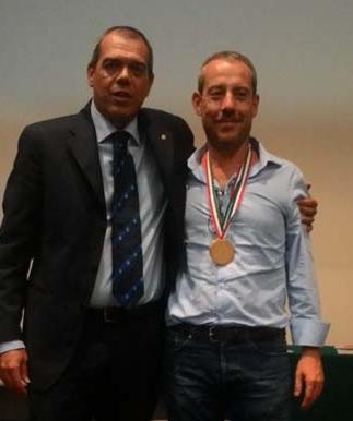 Giovanni Bobbio con il Presidente FIGB Giovanni Medugno durante la cerimonia di premiazione